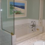 White Soaking Bath with Tile Flange